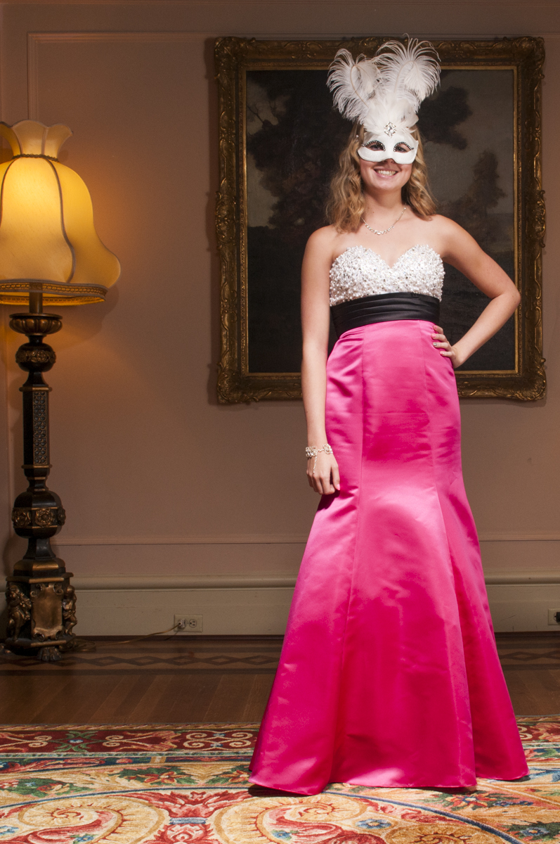 Victoria Ball 2014-3070 WEB